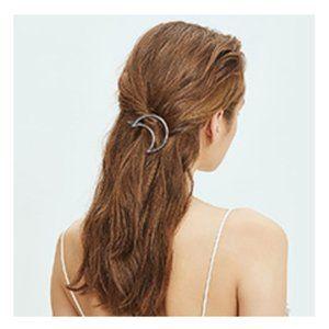 Brandy Melville Silver Metal Moon Hair Clip Barret